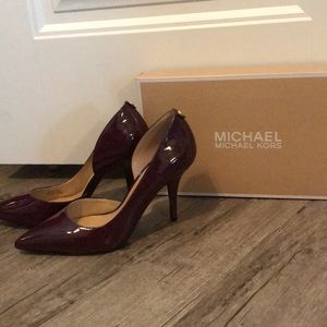 MICHAEL KORS Nathalie Flex High Pump heels